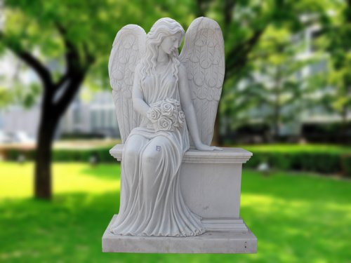 <b>Sitting Angel Statue</b>